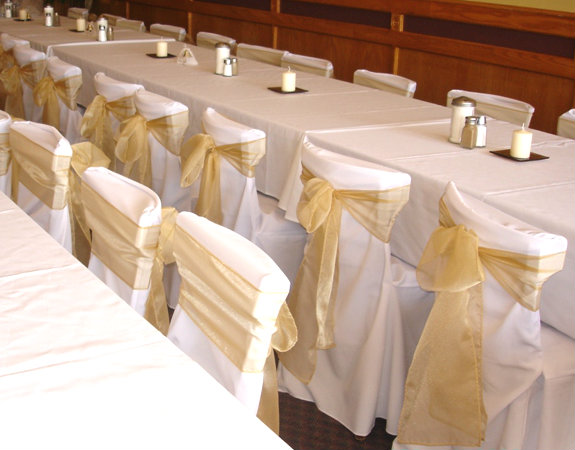 Sensational White Chair Covers Chairs With Flair Spiritservingveterans Wood Chair Design Ideas Spiritservingveteransorg